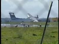 DHC-8 landing gear collapsed (9 Sept. 2007)