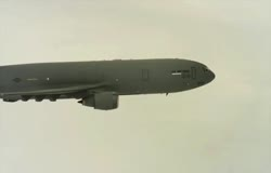 USAF KC-10 Tanker Formation Flight Video